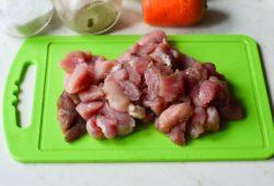Тушеная капуста со свининой